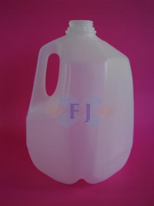 Envase plástico con capacidad 1 galón 80g tapa 38mm para jugo o leche